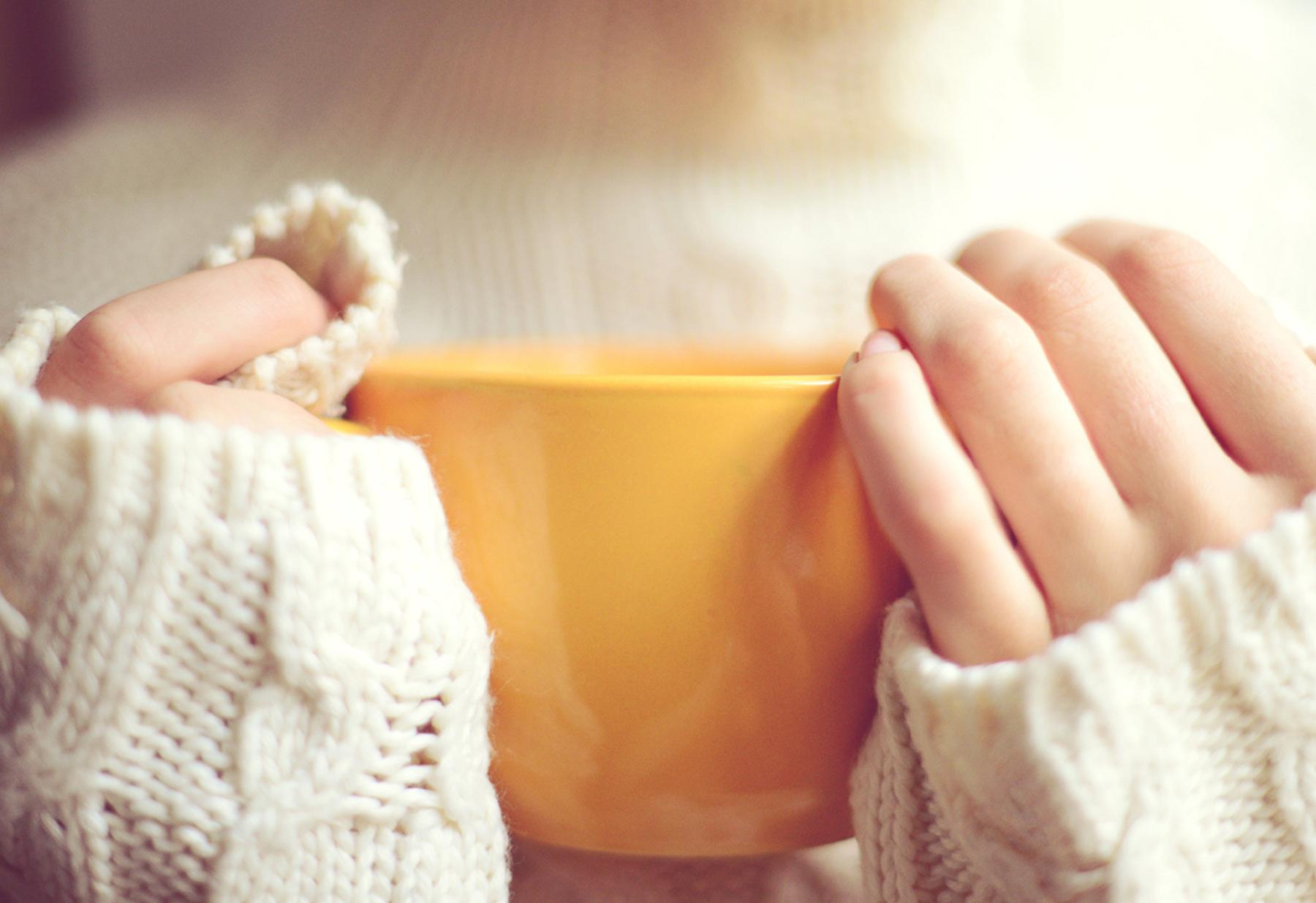 mug being held